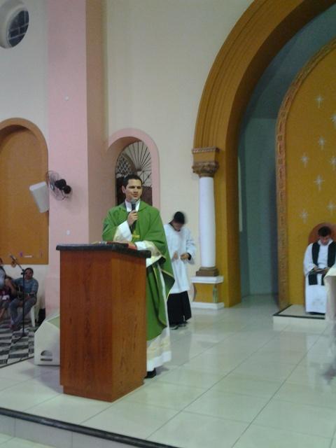 Acolhida padre Christopher, paróquia de pacajus, igreja em pacajus