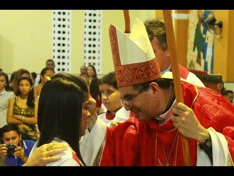 170 jovens crismados em nossa paróquia